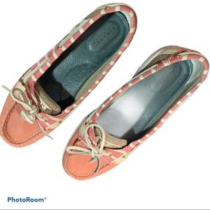 Sperry Topsiders pink w/ white stripes